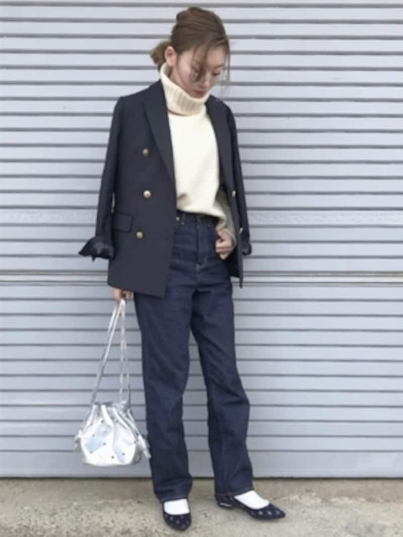 ブレ コーデ 紺
