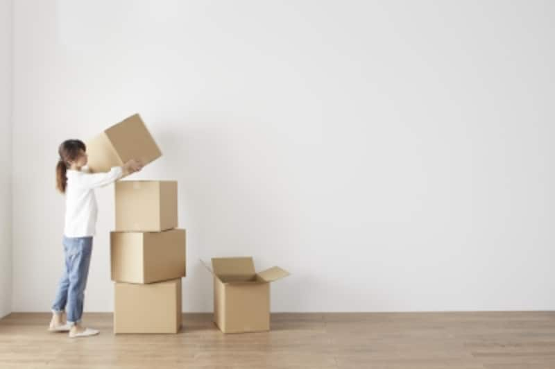 自分のものを片付けない夫がいる家は、「箱」を有効活用すべし
