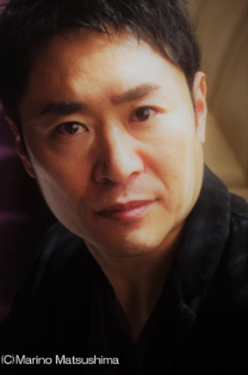 坂元健児undefined71年宮崎県出身。95年に劇団四季に入団し『ライオンキング』『キャッツ』『ソング&ダンス』等に出演。退団後は『レ・ミゼラブル』『ミス・サイゴン』『パレード』等、様々な舞台で活躍している。(C)MarinoMatsushima