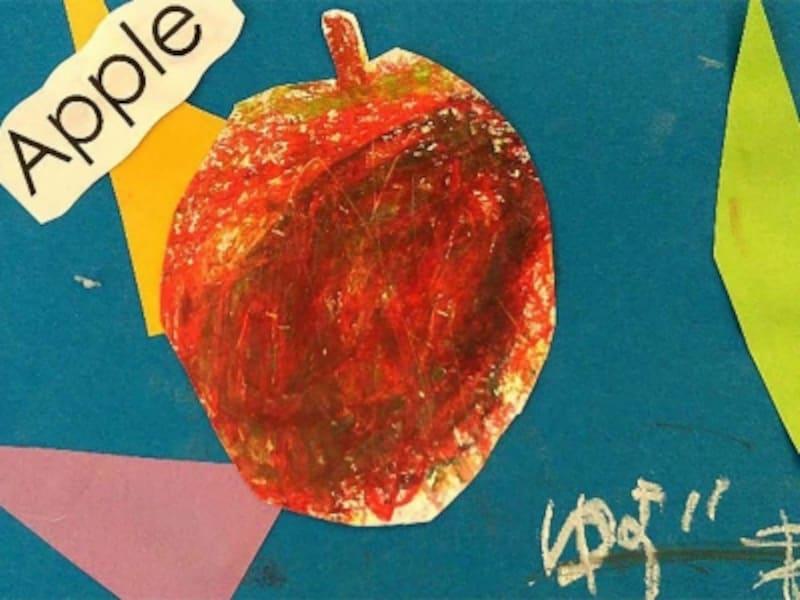 5歳児作品の「りんごの量感画」