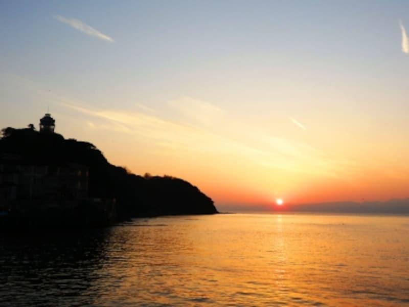 江の島弁天橋から感動の夕陽を眺めて