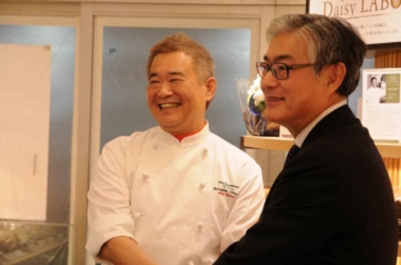 倉田博和さん(株式会社デイジイ)、明智俊明さん(ジェイアール東日本フードビジネス株式会社)の業務提携