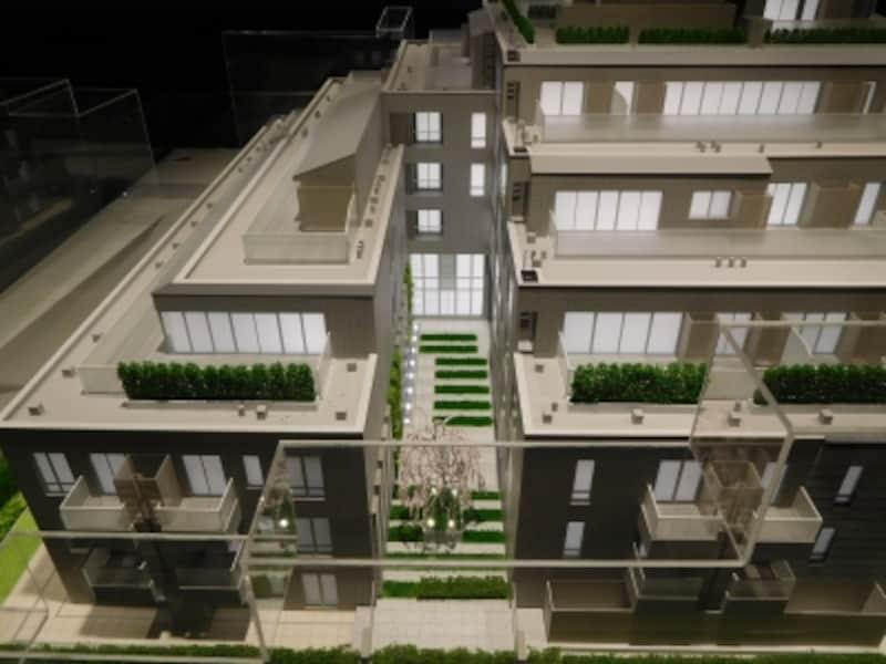 「ブランズ六本木ザ・レジデンス」の完成予想模型