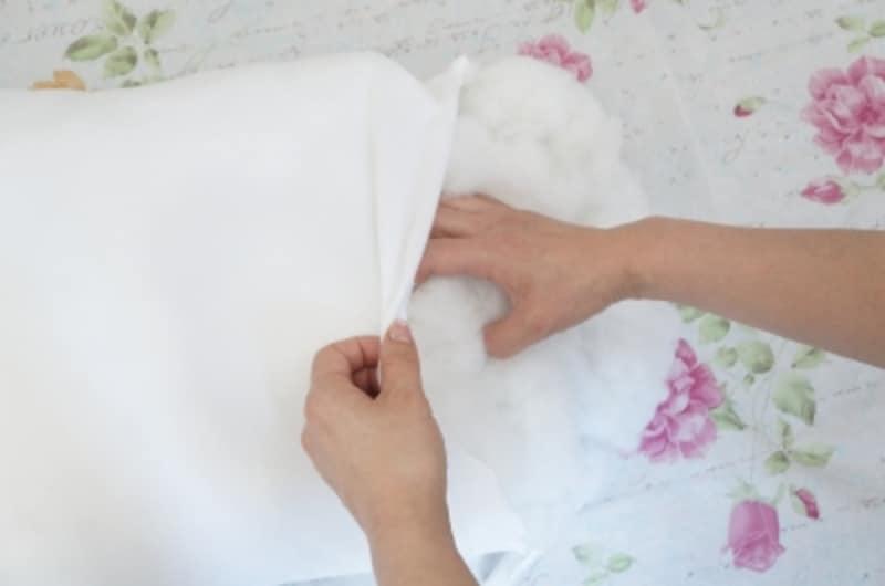 中綿を掻き出します。