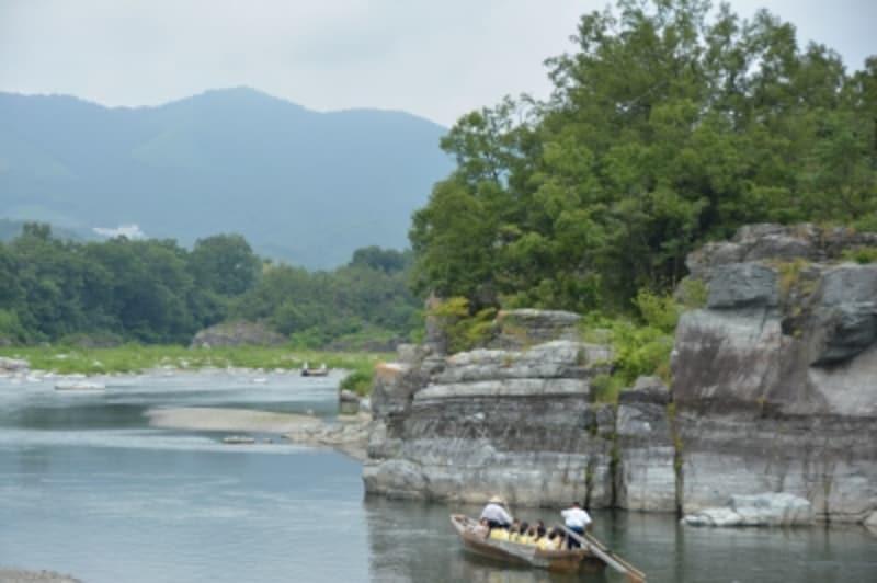 岩畳を中心とする荒川のライン下り