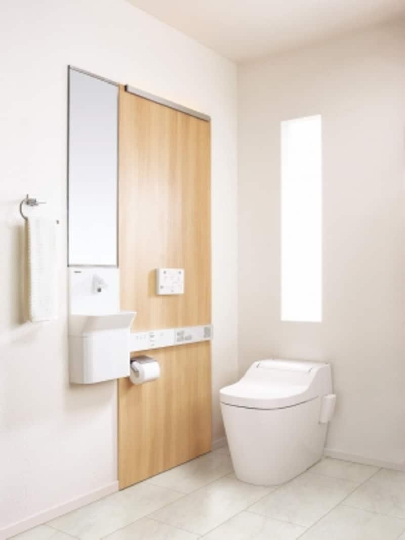 夜間に使用する際など。トイレの温度差にも配慮を。壁面から空間を温めることが可能な商品も。[アラウーノSIIウーノス]undefinedパナソニックエコソリューションズundefinedhttp://sumai.panasonic.jp/