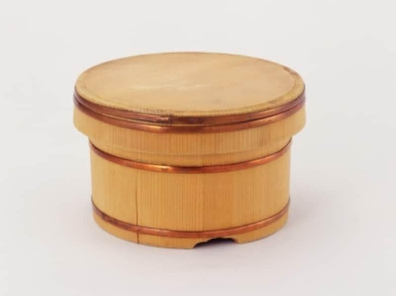 おすすめおひつ。「志水木材」のおひつ。サイズバリエーションが豊富で、木曽椹(さわら)の良い香りがします