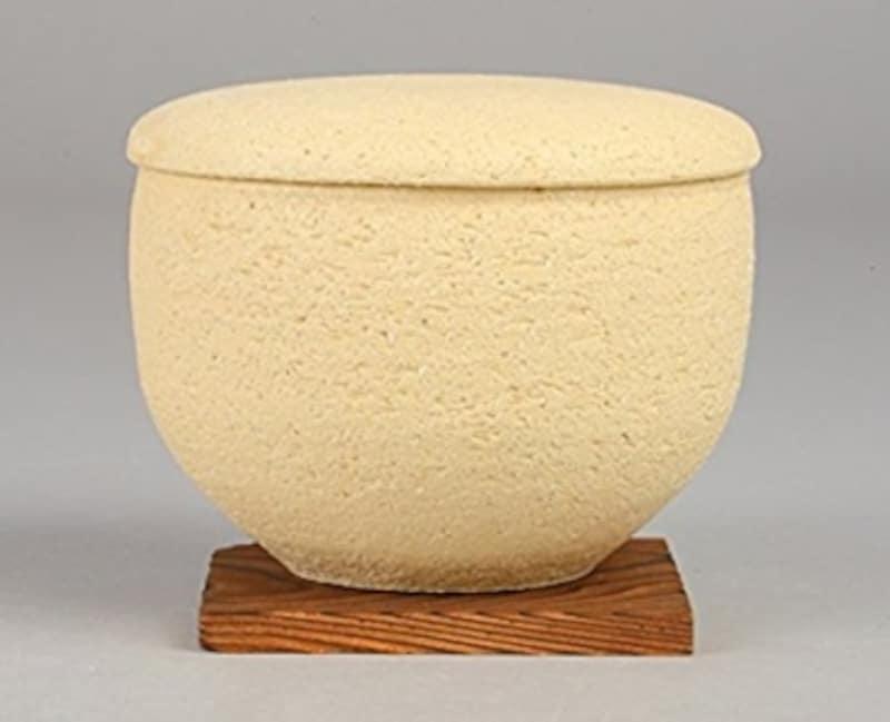 おすすめおひつ。長谷製陶の陶珍(画像はAmazonより:http://amzn.asia/52THyS4)