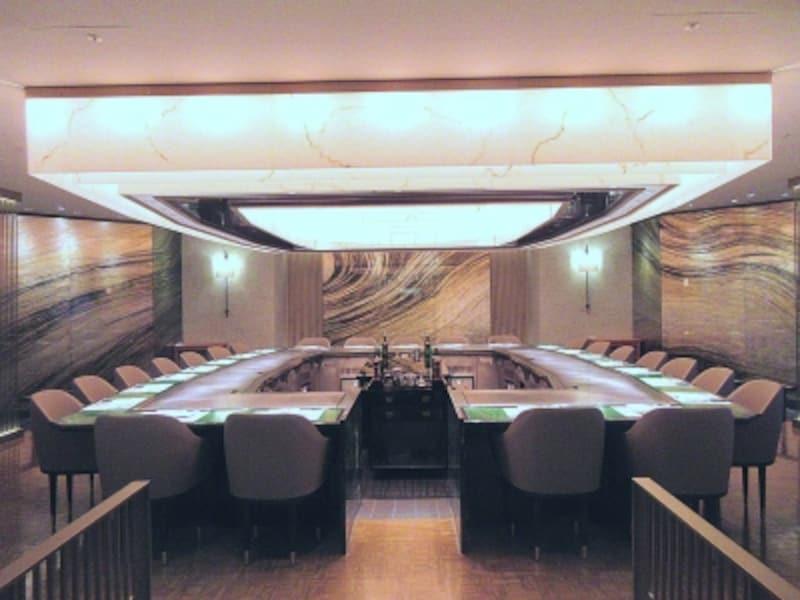 帝国ホテル東京嘉門内観
