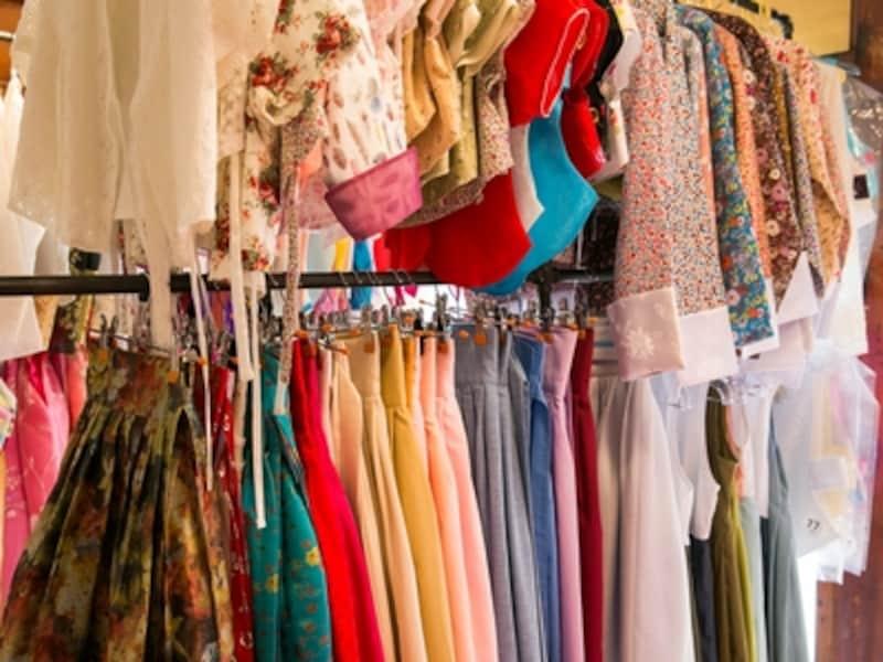 種類豊富な韓服の中からお気に入りの一枚を選びましょう!(c)hanbokthatday