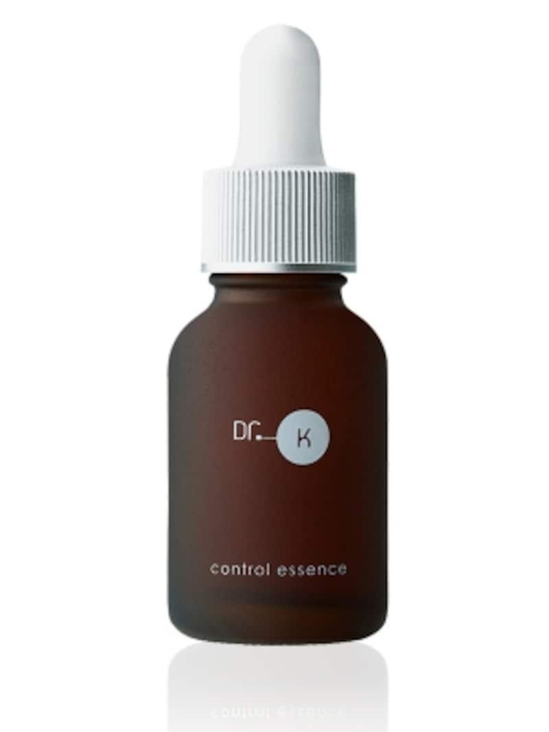 洗顔後すぐに使うタイプの美容液で、どんなスキンケアにも取り入れやすい