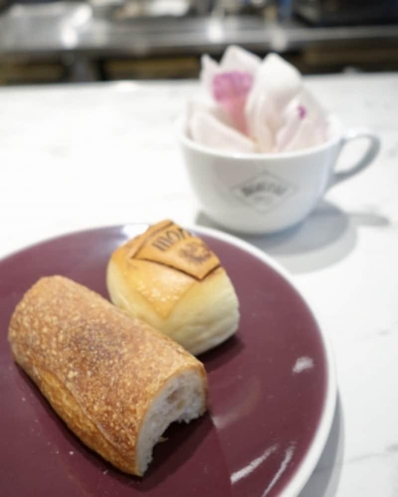 「モルソー」刻印入りのパン