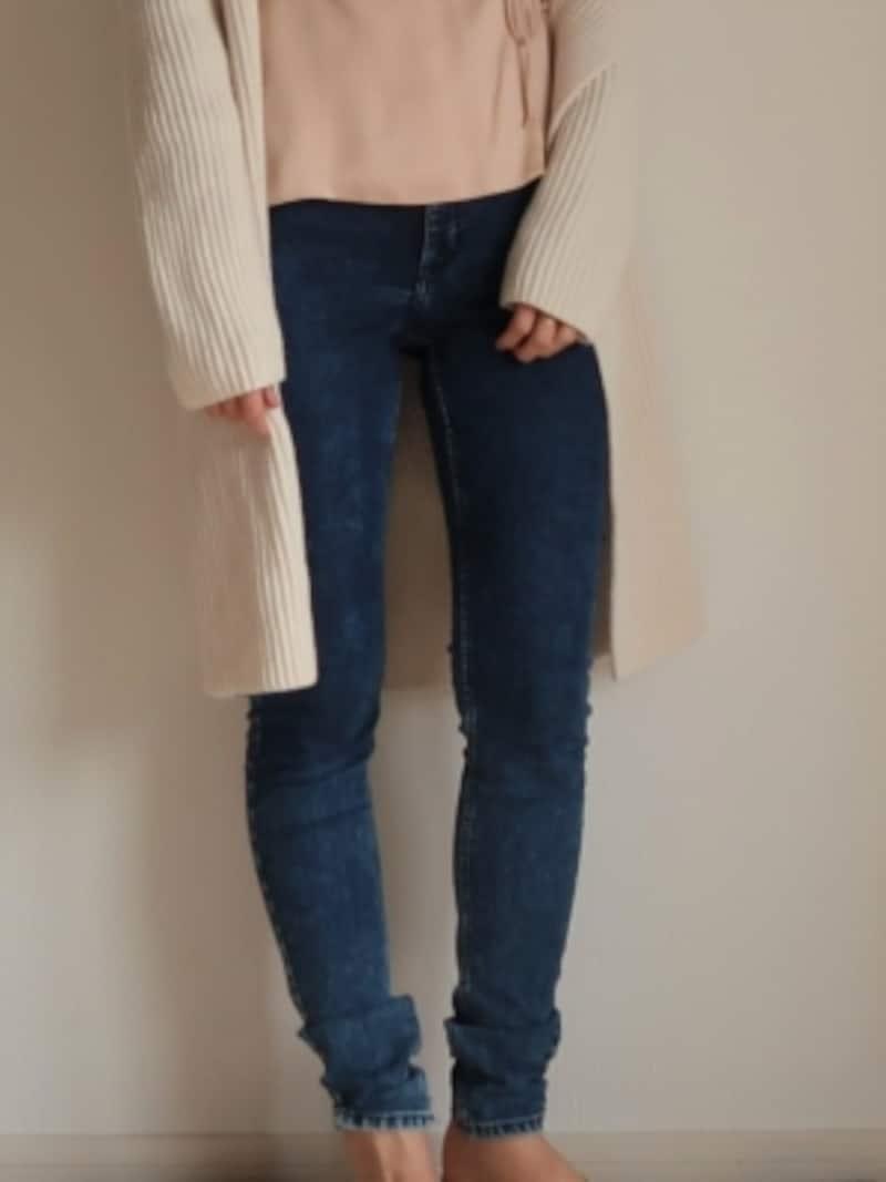 アラフォー×スキニーには、パンツ自体のデザインから、体型カバーまで気を付けるべき項目が山積み……