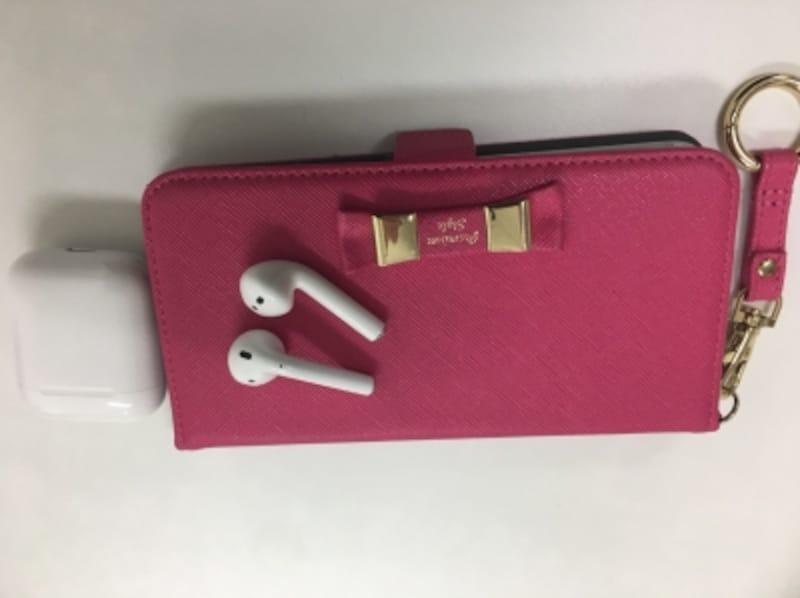 ケースももちろん幸せを呼ぶピンク!電話カウンセリングの際にハンズフリーは必需品です。