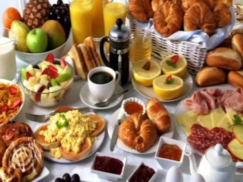 朝食ビュッフェは食べ過ぎないように!