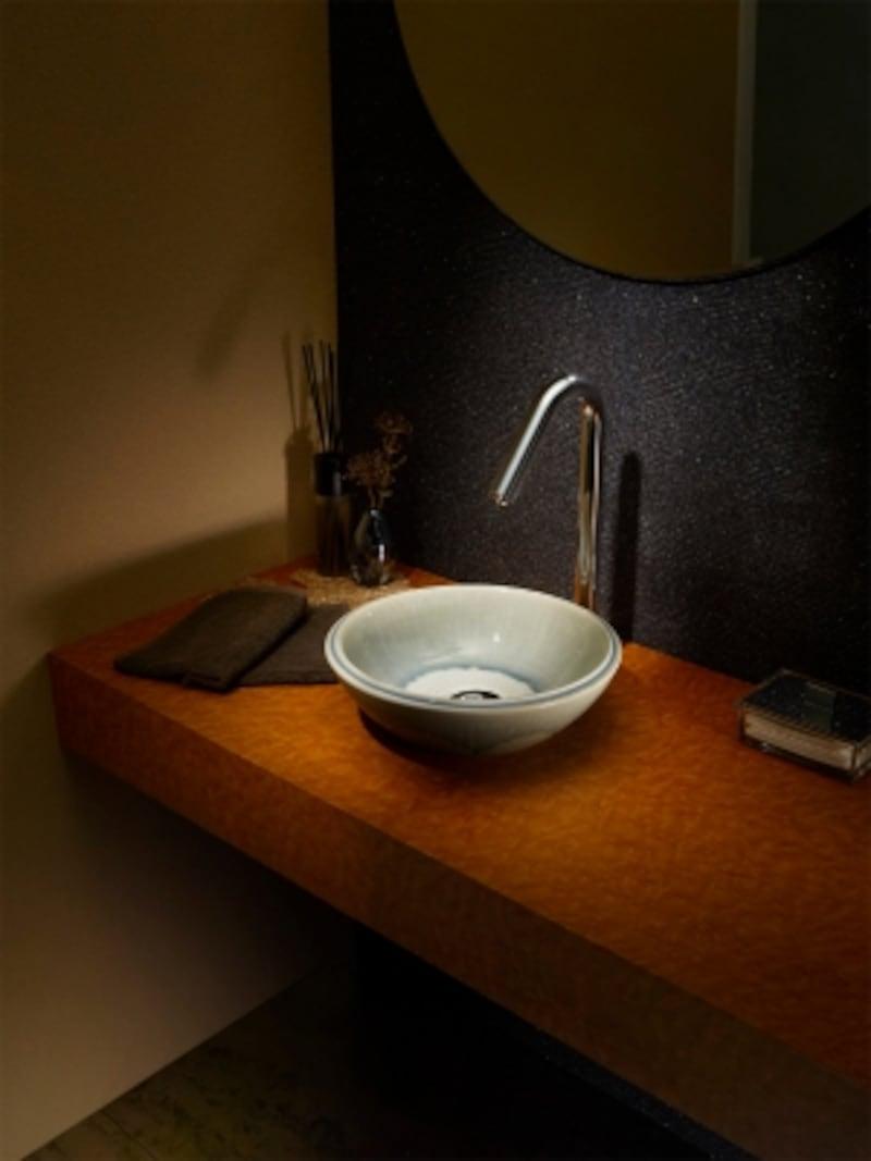オリジナルの信楽焼の手洗器。モダンな和の雰囲気を持つ空間に。undefined[CEV500-GV]undefinedセラトレーディングhttps://www.cera.co.jp/