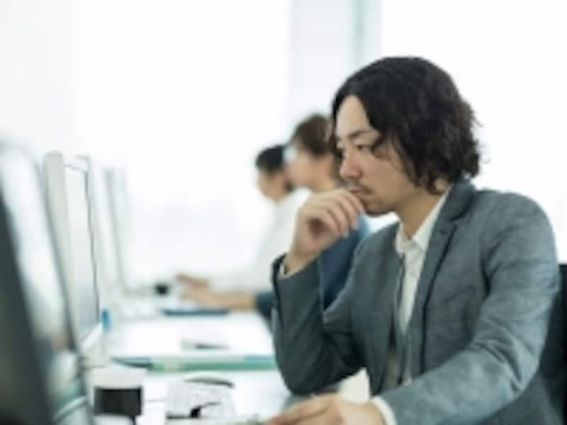 日本企業の事務作業の約半分をRPAで代替でき