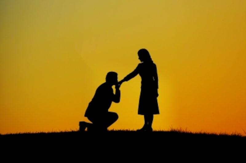 気が利く45歳介護士はわずか2か月でプロポーズ!