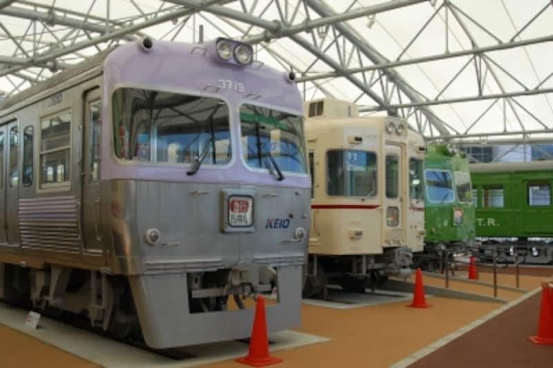 京王線と井の頭線で活躍した車両を展示