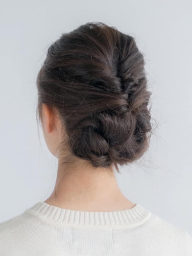 ライブ髪型・低めのまとめ髪
