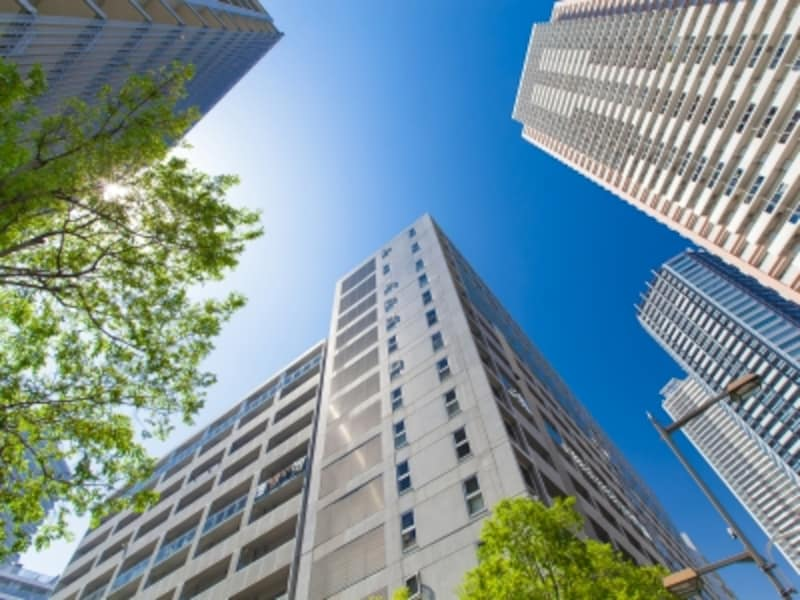 2018年4月時点の住宅地と中古マンションの価格動向。