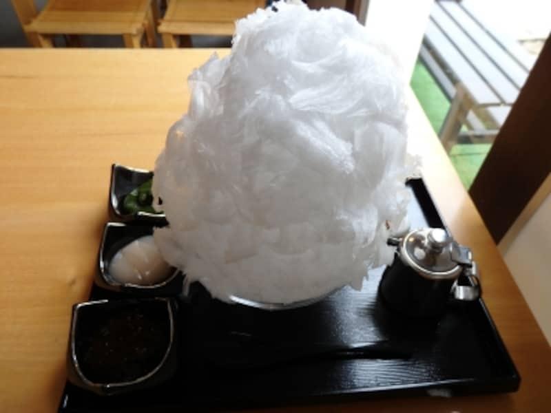 「阿佐美冷蔵」のかき氷「蔵元秘伝極みスペシャル」