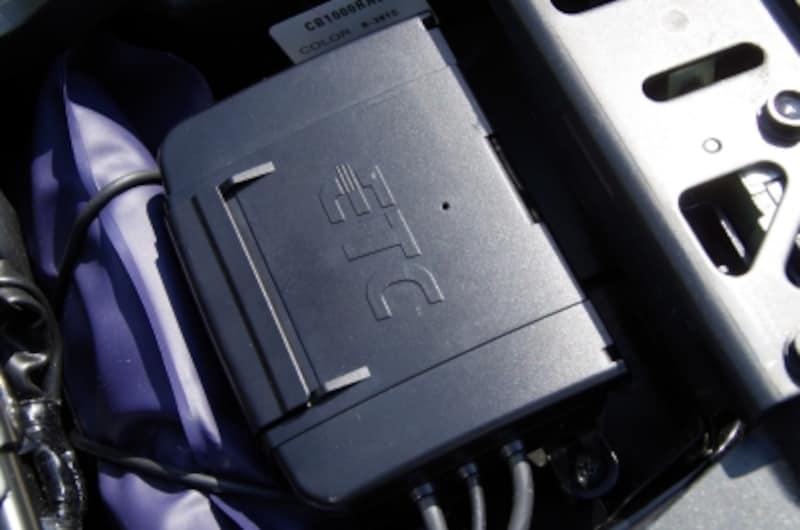 リアシート下にはETC車載機が搭載