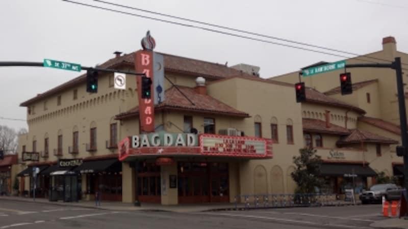 McMenaminsBagdadTheater&Pub