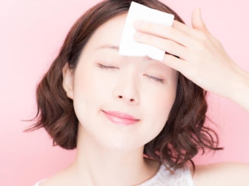 皮脂腺が多く体温の高いおでこは要注意パーツ