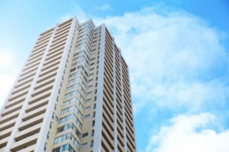 大規模マンションでは東西南北全てに面する住戸があるケースも多い。
