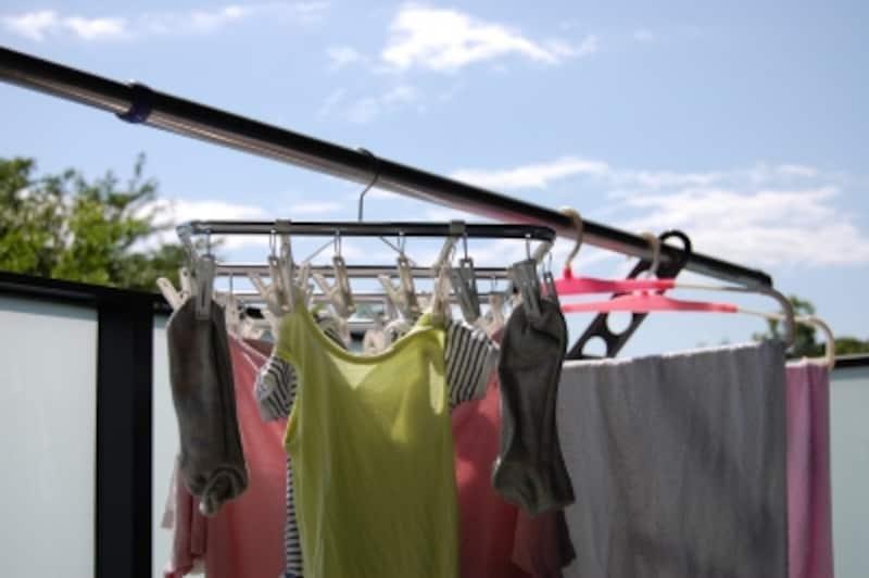 西向き住戸なら洗濯物を干す時間が遅くても乾きやすい