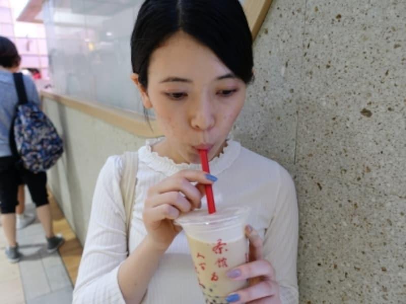 タピオカミルクティー発祥の店として人気を集める台湾カフェ