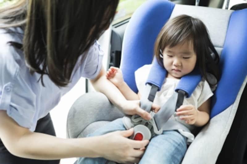 チャイルドシートの使用義務は何歳まで?