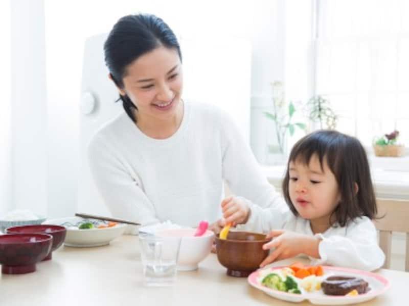 工夫して子供と一緒に食事を楽しむ