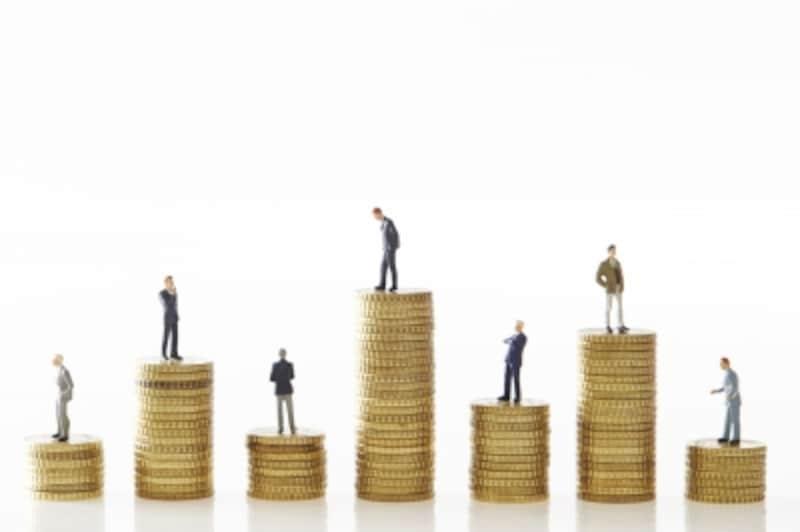 勤務年数別退職金相場を規模や地方別に比較
