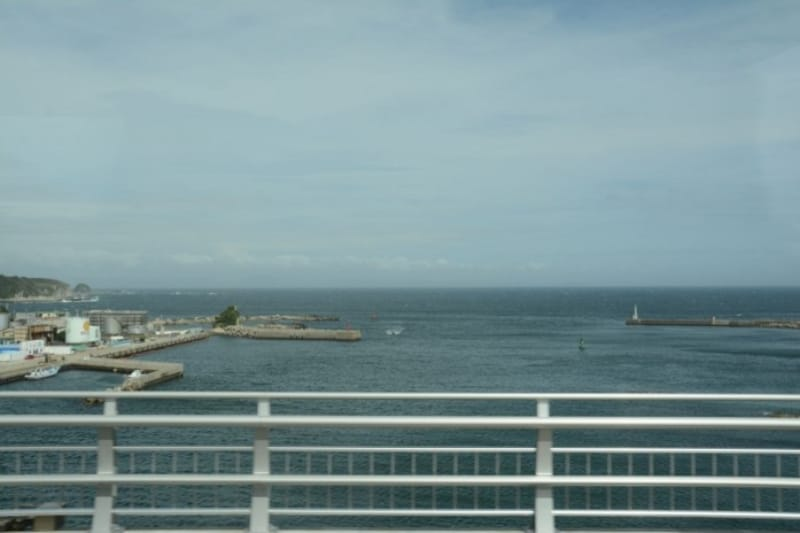 城ケ島大橋からの情景(バス車内から)