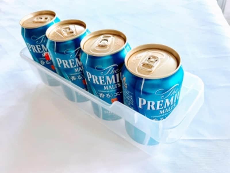セリアの缶収納ケースには缶ビールが4本ぴったり入る