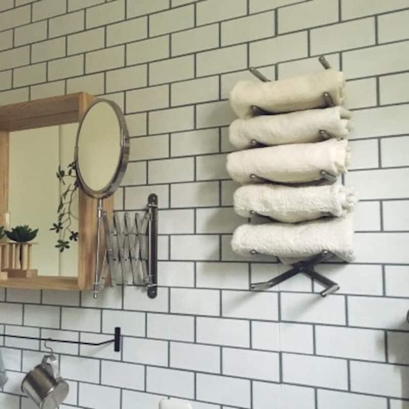 タオルの収納実例:ディッシュラックを壁に取り付けてタオル収納に活用