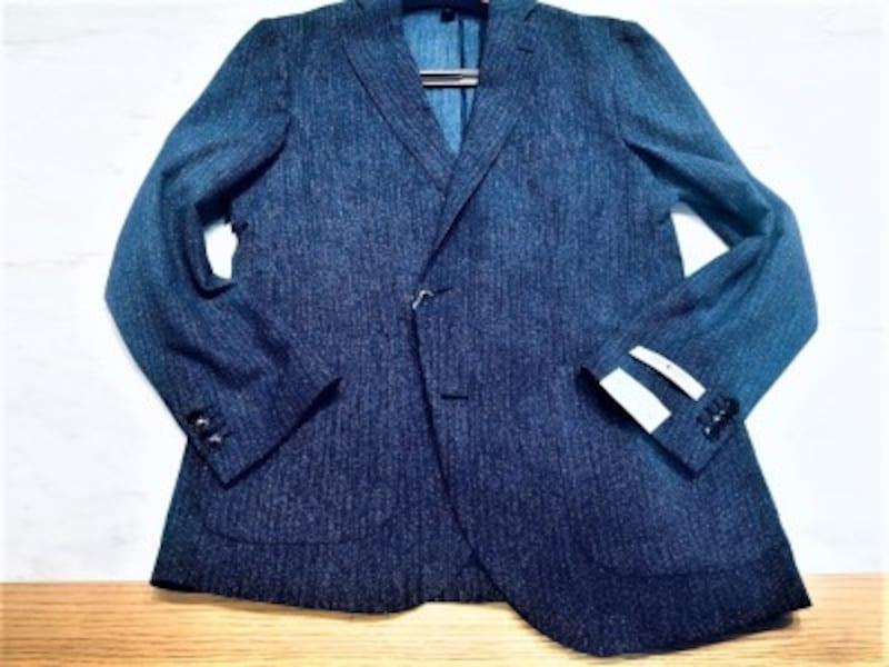 先端繊維でできたポリエステル100%のサマージャケット。とはいえ、化学繊維の安っぽさは皆無です。<ウォッシャブル・COOLMAX>【WESUITYOU】パッカブルデニムプリントジャケット¥18,360