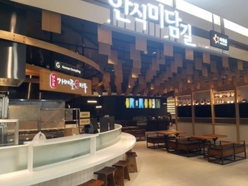 仁川国際空港第2ターミナルのフードコート