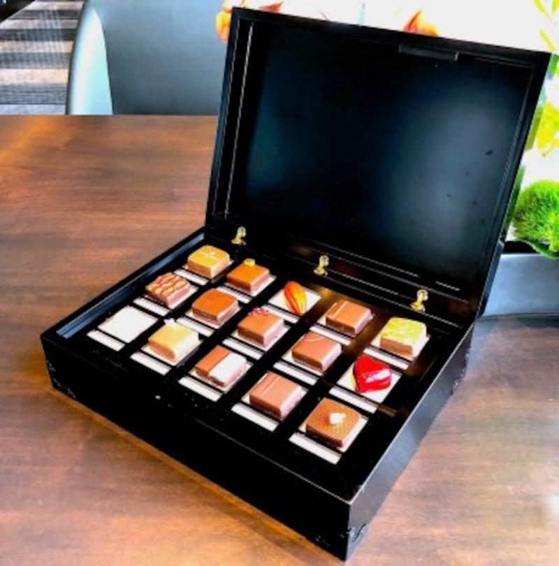 チョコレートボックス10万円(税別)
