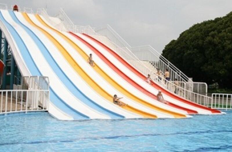 さいたま水上公園のプール スライダー