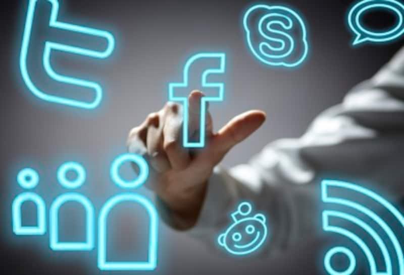 フェイスブックの株価が急落しています。その原因は何だったのでしょうか?初心者にも分かりやすく原因を説明し、今後の見通しを解説いたします