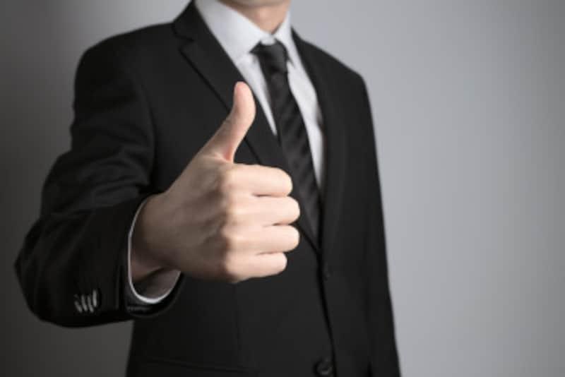 リクルートスーツの定番色は「黒」