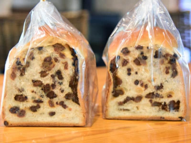 「ぶどう食パン」は、赤倉観光ホテルの人気商品でたくさんのレーズンが使われている「フルーツケーキ」をヒントに開発された