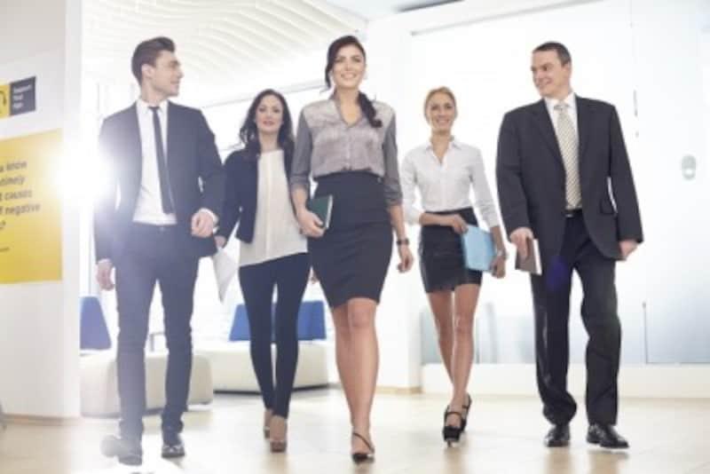 女性も社会進出を果たし、役職につく女性も増えてきました。自立している女性が好まれます。
