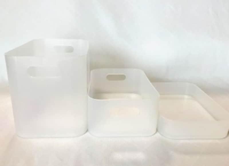 半透明でスッキリした形の積み重ねボックス