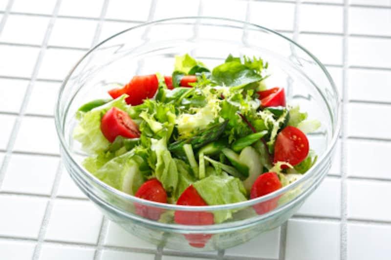野菜が高い時期でもカット野菜はすぐには価格が高騰しない