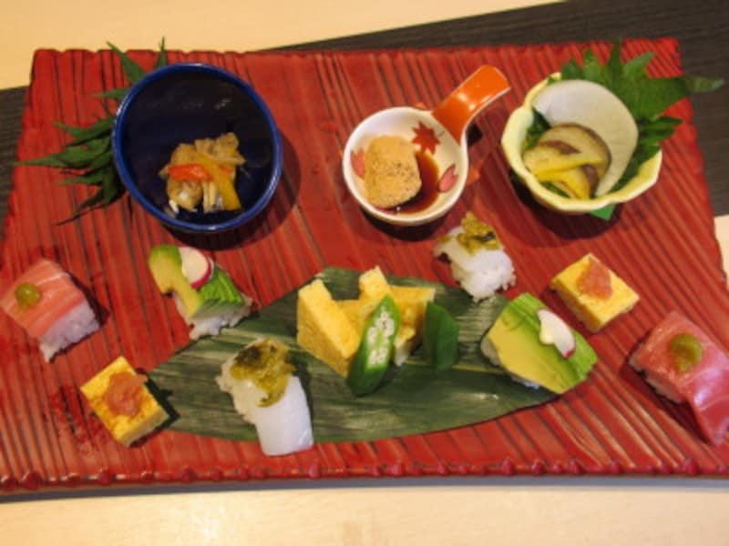 初夏のミニ寿司プレート
