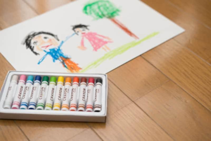 クレヨン、絵の具、色鉛筆の「肌色」は「うすだいだい」という呼び名に変更